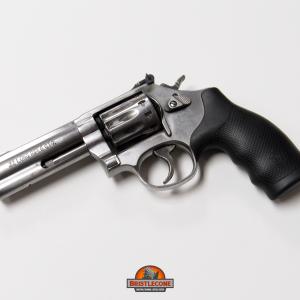 Smith & Wesson 617, .22 LR