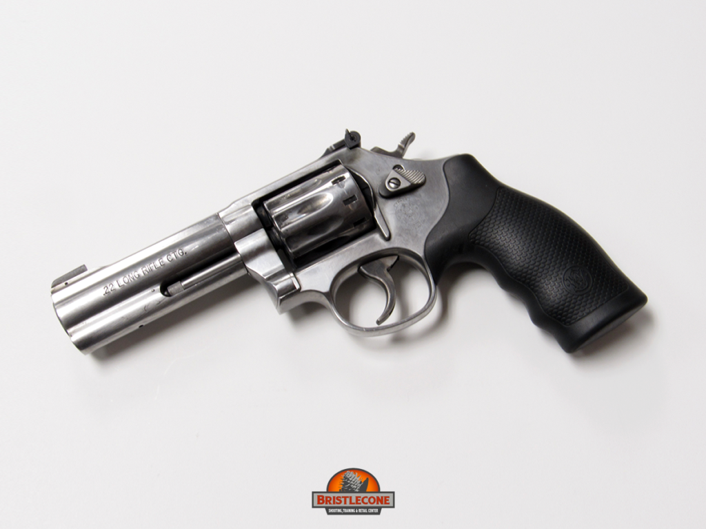 Smith & Wesson 617, .22 LR